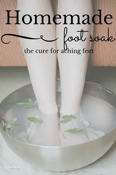 Homemade Foot Soak (I've got to try this in my bath, too!