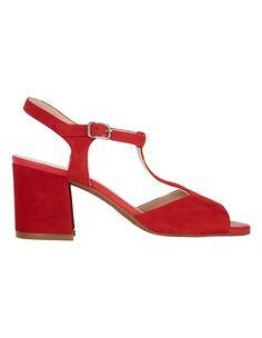 Veloursleder-Sandalette mit Blockabsatz | MADELEINE Mode Österreich Heels, Fashion, Switzerland, Red, Heel, Moda, Fashion Styles, Shoes Heels, Fasion