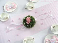 Tischgesteck weiß rosa Rosen