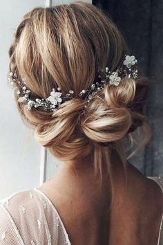 Stunning Wedding Hairstyles ❤ See more: http://www.weddingforward.com/wedding-hairstyles-every-hair-length/ #weddings #weddinghairstyles
