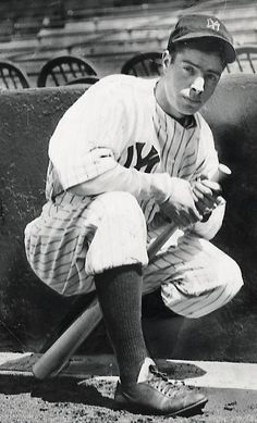 May 1936 Joe DiMaggio makes his much anticipated major league debut, collecting three hits, including a triple, and scoring three runs in the Yankees' win over the Browns in New York. Damn Yankees, New York Yankees Baseball, Ny Yankees, Sports Baseball, Baseball Players, Soccer Jerseys, Jr Sports, Baseball Stuff, Basketball