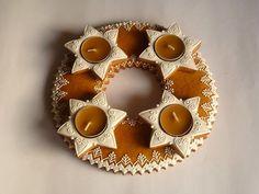 Vianočné medovníky - Adventný venček 2013,  Inšpirujte sa pri zdobení šikovnými medovnikárkami. Advent, Gingerbread, Candle Holders, Xmas, Candles, Crafty, Cookies, Recipes, Author