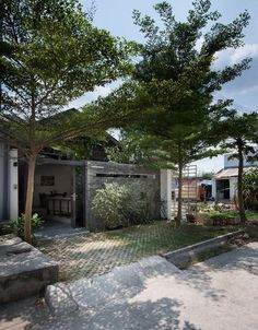 แปลนบ้าน – บ้านไอเดีย เว็บไซต์เพื่อบ้านคุณ House Front Design, Small House Design, Modern House Design, Minimalist Architecture, Modern Architecture House, Architecture Design, Modern Tropical House, Tropical Houses, H Design