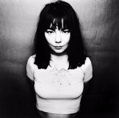 Una artista que sin duda ha sufrido para consolidarse en lo más alto de la música, así es Björk