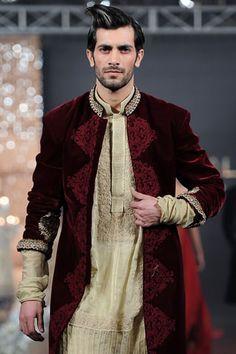 ~ Living a Beautiful Life ~ Asifa & Nabeel at PFDC Fashion Week 2011 Indian Men Fashion, India Fashion, Mens Fashion, Stylish Men, Men Casual, Indian Male Model, Asifa And Nabeel, Mens Ethnic Wear, Mode Man