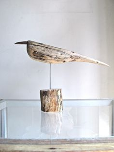 The Most Captivating Manifestations Of Driftwood Furniture That Will Win Your Heart - DIY Aspects Driftwood Furniture, Driftwood Wall Art, Driftwood Projects, Driftwood Sculpture, Wooden Diy, Diy Wood, Wooden Decor, Beach Wood, Wood Bird