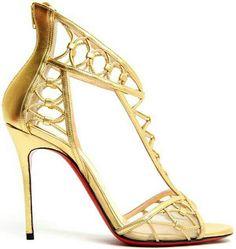 Christian Louboutin's gold shoes - Spring/Summer 2014 l espectacular estos zapatos dorados de Christian Loboutin!!!!! Raquel Moure from Amour a Moure.