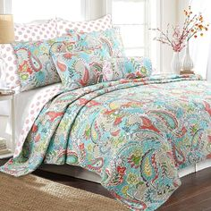 King Quilt Bedding, Paisley Bedding, Bed Quilts, Quilt Sets Queen, Up House, Cozy House, Farm House, Home Decor Accessories, Bed Spreads