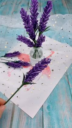 DIY Papier DIY Paper Flowers (Folding Tricks): 5 Steps Blackjack: Learn How to Become a Champion Lea Paper Flowers Craft, Paper Crafts Origami, Flower Crafts, Diy Flowers, Flower Diy, Lavender Flowers, Flower Paper, Peony Flower, How To Make Paper Flowers