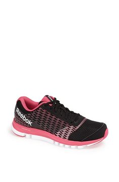 womens tennis shoes reebok
