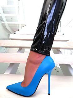 83172c697a18be HOHE LEDER PUMPS BLAU ROT DAMEN SCHUHE 1969 ITALY T94 LEATHER BLUE HIGH  HEELS Blue High