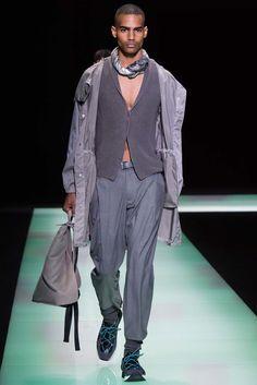 Emporio Armani Spring 2016 Menswear Collection Photos - Vogue
