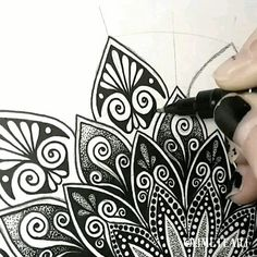 Wallpaper - Zentangle Animals Mandala Pattern Tagged at jatmiko. Mandala Doodle, Mandala Art Lesson, Mandala Artwork, Doodle Art Drawing, Zentangle Drawings, Mandala Drawing, Mandala Painting, Lace Drawing, Doodles Zentangles