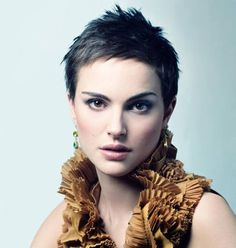 Very Short Pixie Cuts - Pixie Haircut Gallery Tips You Should Know Before Getting a Very Short Pixie Cuts with the help of Pixie Haircut Gallery 2019 and ideas about How to Maintain a Pixie Cut at Home? Very Short Pixie Cuts, Very Short Hair, Short Hair Cuts For Women, Short Hairstyles For Women, Super Short Pixie, Female Hairstyles, Hairstyles 2018, Wedding Hairstyles, Stylish Short Haircuts