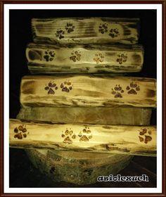 Wieszaczki drewniane na.. :)