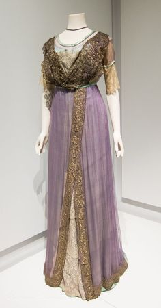 Evening Dress - c. 1910-12 Lady Lever Gallery, Port Sunlight, UK Source