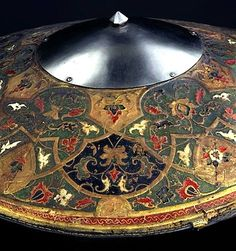 Ottoman, c. The shield is made of wicker wound with raw silk Dresden, Persian Shield, Ottoman Turks, Mughal Empire, Swords And Daggers, Arm Armor, Medieval Armor, Higher Design, Museum Exhibition