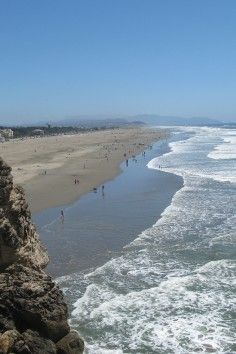 Ocean Beach In San Francisco Is A 3 5 Mile With Few Tourists And Lots Of