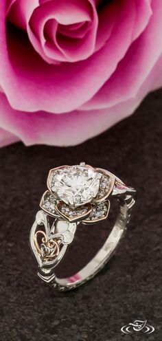 Vintage Rose Halo with Scroll Engraving & Rose Gold FIligree. Green Lake Jewelry 124224