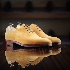 Wholecut in cream suede by Carmina Shoemaker to leatherfoot. @carminashoemaker @Jamie Wilson #carmina #leatherfoot #theshoemakerworld #wholecut #suede #shoes #menswear #spanishshoes #footwear #mensshoes #shoemaker