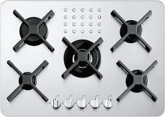• acciaio inox AISI 304 di spessore elevato • griglie e spartifiamma: ghisa • incasso: 68×48 cm – filotop (v. SCHEDA TECNICA) Potenze bruciatori: • 1 ausiliario: 1 kW • 2 semirapidi: 1,75 kW • 1 rapido: 3 kW • 1 tripla corona: 3,8 kW