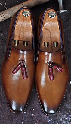 Mens Luxury Shoes : TucciPolo Karl Classic Mens Italian Leather Loafer with Tassels Handmade Shoes