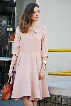 Pale pink, the street muse