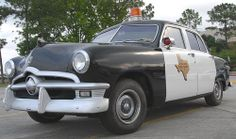 Old State Police Car ✏✏✏✏✏✏✏✏✏✏✏✏✏✏✏✏ AUTRES VEHICULES - OTHER VEHICLES   ☞ https://fr.pinterest.com/barbierjeanf/pin-index-voitures-v%C3%A9hicules/ ══════════════════════  BIJOUX  ☞ https://www.facebook.com/media/set/?set=a.1351591571533839&type=1&l=bb0129771f ✏✏✏✏✏✏✏✏✏✏✏✏✏✏✏✏