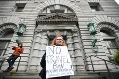 """Los jueces rechazan el recurso de Trump y mantienen parado el veto migratorio    La Corte de Apelaciones dice que el Gobierno """"no ha aport..."""