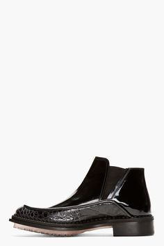 MCQ ALEXANDER MCQUEEN Black Patent   Python Print Chelsea Boots Vestiti Eleganti  Da Uomo e797bbf3c3e