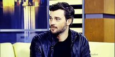 Raise your hand if Tom Welling is your favorite actor! Okay, just me? Splendid.