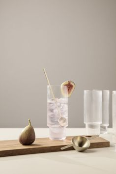 Ripple Long Drink Glasses - Set of 4 - Clear -Buy Ferm Living Ripple Long Drink Glasses - Set of 4 - Clear - Ripple Glass Carafe Buy Ferm Living Ripple Glass - Set of 4 – Is To Me Ferm Living - Set Of 4 Ripple Glasses - Glass Calici Milanesi Casa Mix, Estilo Tropical, Long Drink, Think Food, Glass Texture, Food Design, Set Design, Glass Design, Food Photography