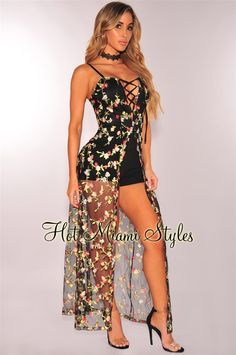 A totally-chic getaway staple, this black embroidered floral lace up maxi romper is calling your name. Sexy Outfits, Cute Casual Outfits, Stylish Outfits, Dress Outfits, Fashion Dresses, Cute Summer Dresses, Cute Dresses, Dresses Dresses, Maxi Romper