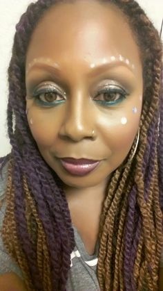 #motd Festival inspired   #eyes @chanel @lancome @smashbox @dior @ardell lashes #purple #highlighter @mac #justineskye #lips @shiseido gloss Mac nightmoth liner #stickydots #silverliquid above #brows #coachella2017 #music 🎶 #makeup #beauty #ICArtistry