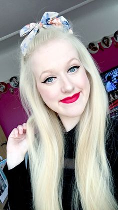 #OOTD #LOTD #FOTD #MOTD #BBlogger #BBloggers #VintageStyle #VintageFashion #VintageMakeup #VintageHair #Blonde #1940s 1950s #1960s #MyPhoto #MeganMonroes #Me #Selfie #WingedEyeliner #RedLips