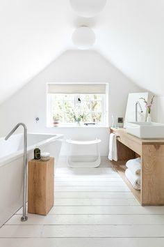 White bathroom, baño en color blanco.