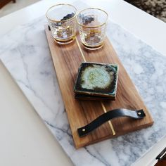 This is a beautiful tray for serving.