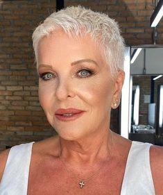 Short Hair Over 60, Short White Hair, Funky Short Hair, Really Short Hair, Short Hair Styles, Short Blonde, Short Hair Cuts For Women Edgy, White Pixie Cut, Super Short Pixie Cuts