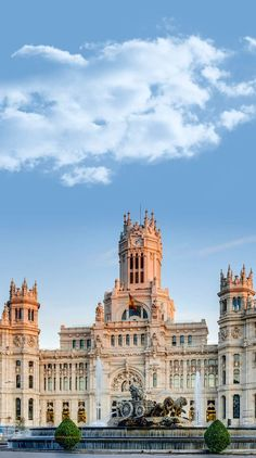Plaza de Cibeles is considered to be the most famous plaza in Madrid. Located along the central Calle de Alcalá (which leads into Sol) and adjacent to Paseo del Prado (the street that houses The Prado and the Thyssen museums), the plaza and its stunning architecture is a big draw for tourists