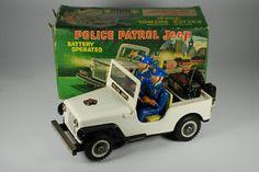 Police Patrol Jeep, with box, 182,09 € (15/03/13) ; 77,99 € (28/01/14)
