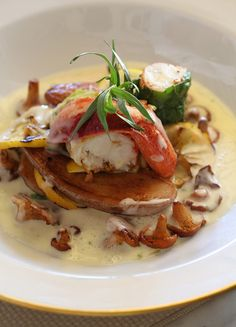 Try our chef's Maine Lobster, Chanterelle Mushroom Yuzu Sauce, Fingerling Potatoes recipe for #NationalLobsterDay. Don't forget a glass of Jordan Chardonnay to pair. https://www.jordanwinery.com/culinary/recipes/maine-lobster-with-chanterelle-mushroom-yuzu-sauce-and-fingerling-potatoes