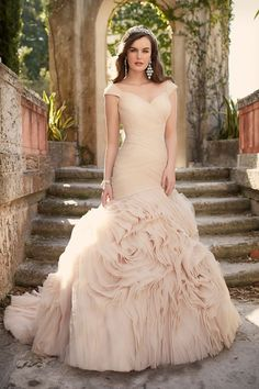 Essense of Australia Wedding Dresses - Search our photo gallery for pictures of wedding dresses by Essense of Australia. Find the perfect dress with recent Essense of Australia photos. Wedding Dress Necklines, Lace Wedding Dress, Pink Wedding Dresses, Tulle Wedding, Wedding Dress Styles, Bridal Dresses, Wedding Gowns, Mermaid Wedding, Cinderella Wedding