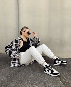 Cute Sporty Outfits, Flannel Outfits, Retro Outfits, Trendy Outfits, Teen Fashion Outfits, Mode Outfits, Look Fashion, Fashion Styles, 30 Outfits