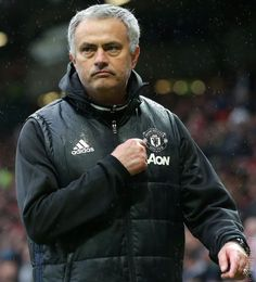 Mourinho reacts to United 2 Chelsea 0 Manchester United Chelsea, Manchester United Legends, Manchester United Football, Tottenham Wallpaper, Chelsea Premier League, United Games, Match Of The Day, Man Utd News, Best Club