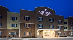 Candlewood Suites Milwaukee Airport - Oak Creek Greendale Offering rooms with fully equipped kitchens and 32-inch flat-screen TVs, this hotel is less than 3 miles from General Mitchell International Airport.  A free transfer service is provided to and from the airport.