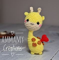 Valentina and her friend Gina la Giraffina - FREE pattern (italiano & english) - AmyMamy Creations Crochet Giraffe Pattern, Crochet Patterns Amigurumi, Amigurumi Doll, Kawaii Crochet, Cute Crochet, Amigurumi For Beginners, Stuffed Animal Patterns, Crochet Animals, Crochet Projects