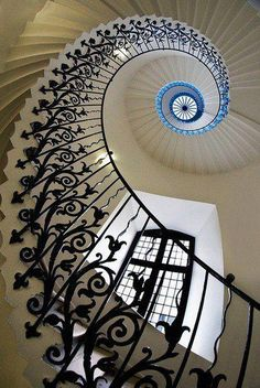 Tulip Stairs in the Queen's House, Greenwich, London, England, it is a former royal residence built between 1616–1619 in Greenwich, then a few miles downriver from London - www.rmg.co.uk/ - Photo by Michael Sissons - www.flickr.com/...