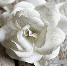 DIY Paper Rose Wreath | Ellinée | handcraft your life