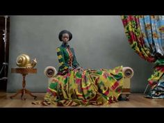Vlisco TV Commercial Hommage a lArt - Wax See more here: http://www.africafashionguide.com/2013/04/vlisco-introduces-hommage-a-lart-collection/