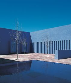Santa Fe University of Art and Design — Legorreta + Legorreta (1999)